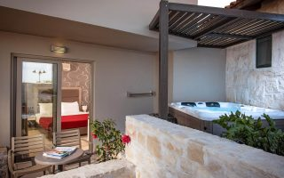 Happy Cretan Suites | Agia Pelagia Heraklion Crete